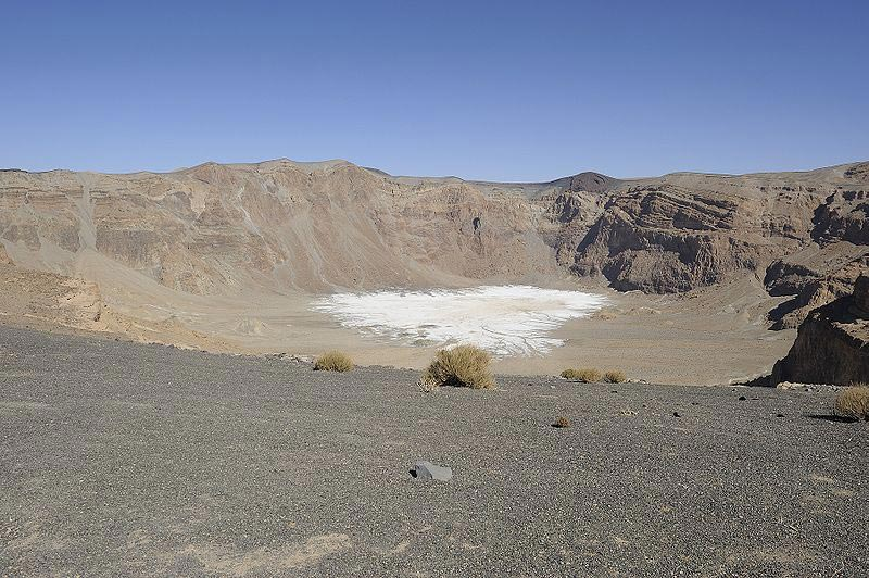 The highest mountain in Chad and the Sahara, Emi Koussi is a volcano about 3,415 meters high.