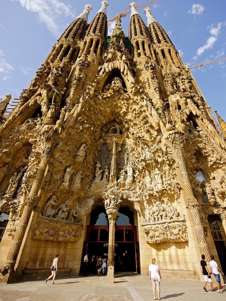 Exemplary Art and Architecture at La Sagrada Familia in Barcelona, Spain