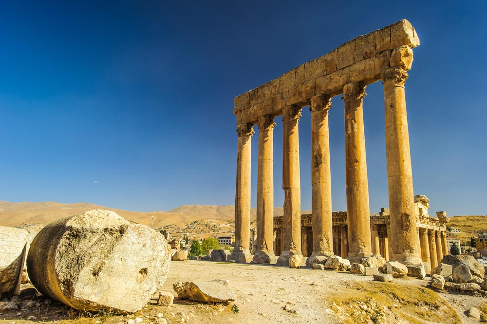 Temple of Jupiter , Baalbek, Lebanon
