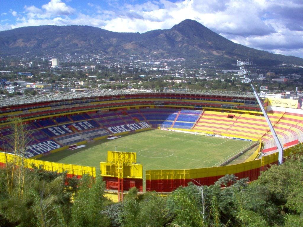 Estadio Cuscatlan, El Salvador