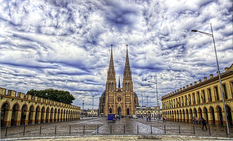 Basilica Nuestra Senora de Lujan