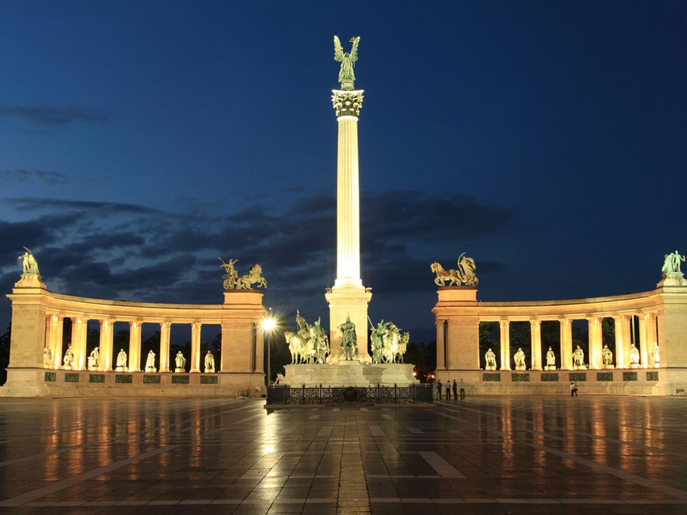 Heroes Square Budapest Hungary Map Facts Location