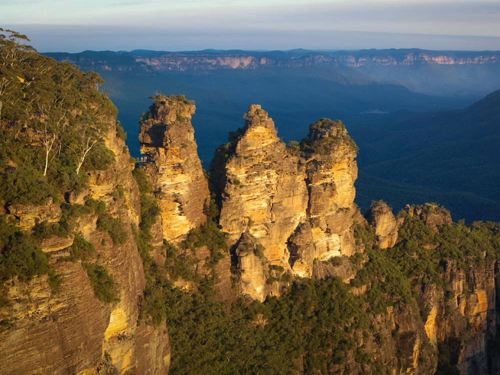 Three Sisters Rock Formation at Blue Mountain, Australia