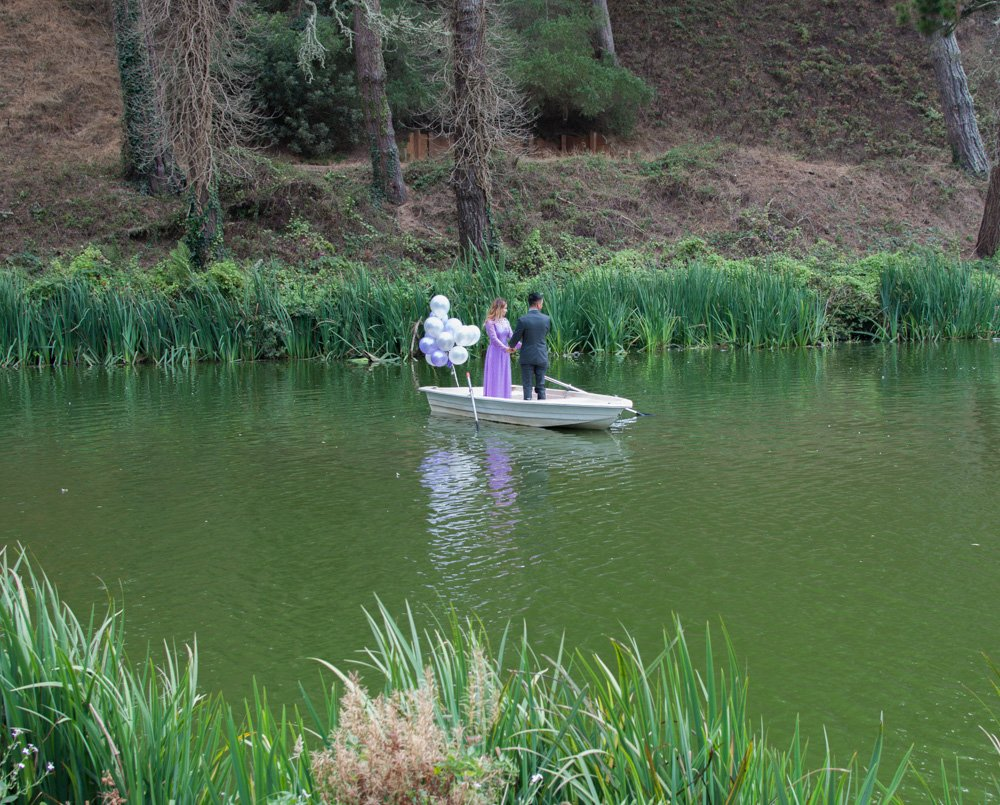 An engagement photo shoot on Stow Lake