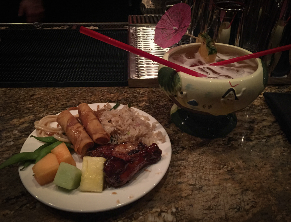 Happy Hour buffet and bowl drinks to share