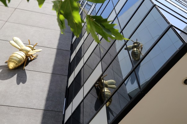 Golden Bees installations at the Lower Façade of the Eureka Skydeck