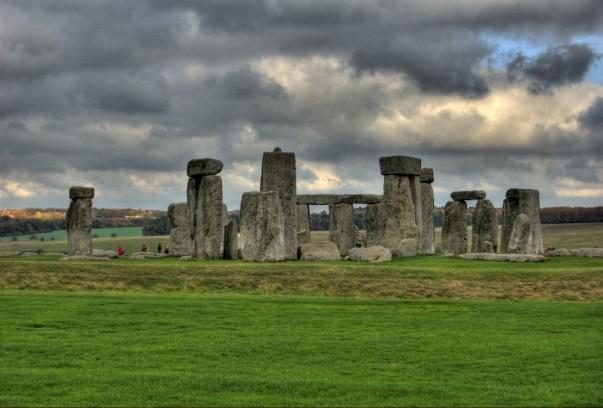 Tours to Stonehenge