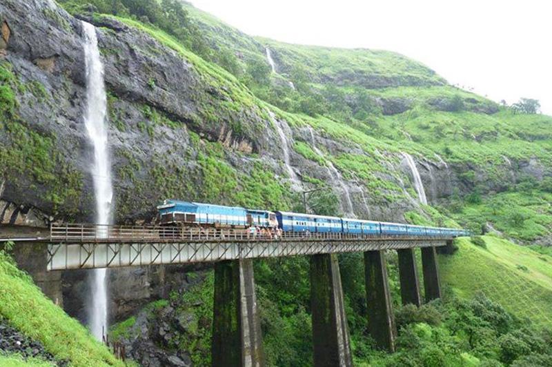 Madgaon Mumbai (Konkan Railway)