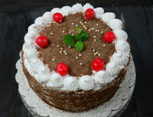Black Forest Cake (Schwarzwälder Kirschtorte) Recipe
