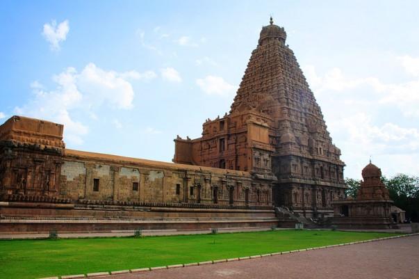 Bragadeeshwara Temple at Thanjavur