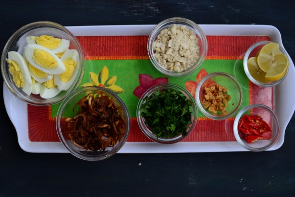 Burmese Khow Suey- Toppings