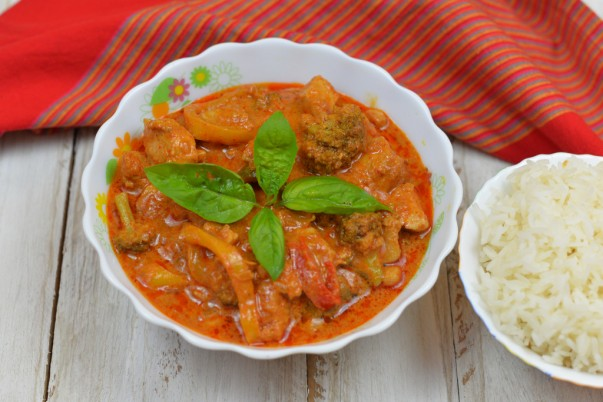 Chicken In Red Thai Curry - Served