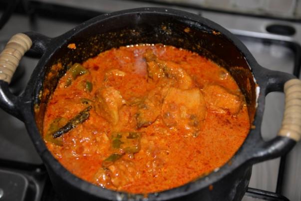 Chicken Tikka Masala - Cooking Chicken With Gravy