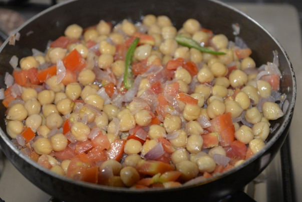 Cooking Spicy Chickpeas