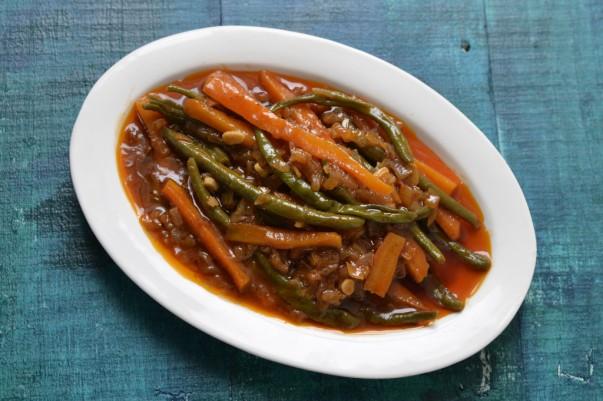 Egyptian Beans & Carrots
