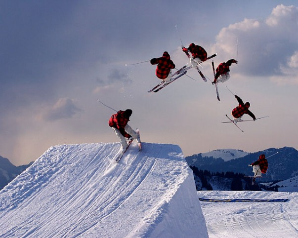 Prove your skills and talent with Halfpipe Skiing