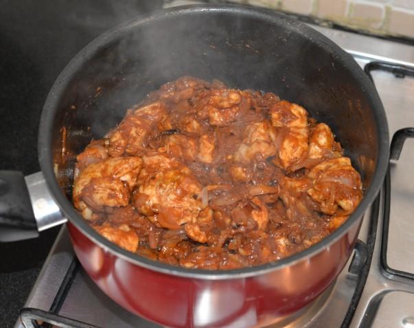 Kabsa - cocinar pollo con especias