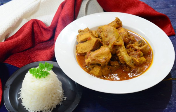 Wali with Chicken Curry