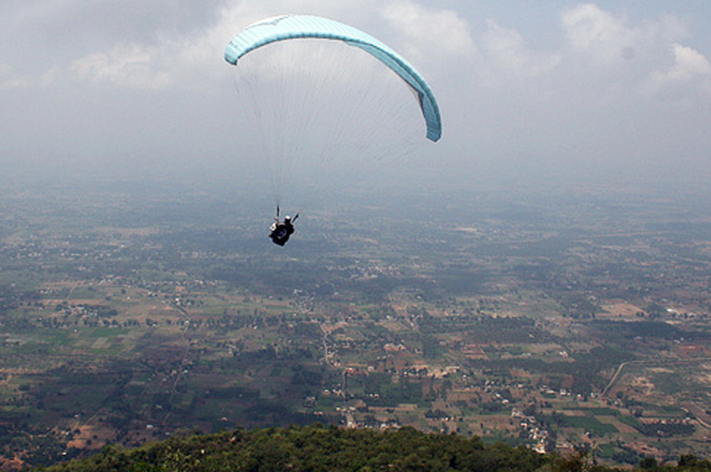Paragliding in Yelagiri, Tamil Nadu