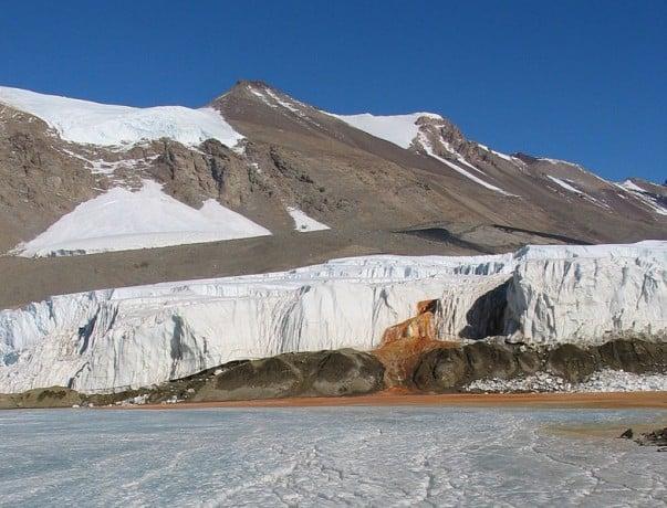 Cataratas de Sangre Horripilante en la Antartida