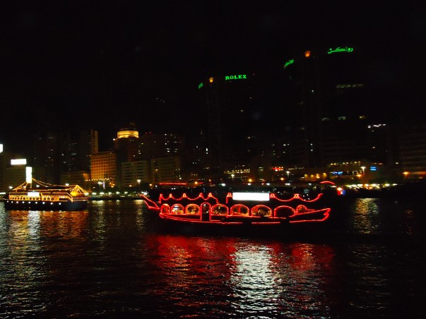 Dhow Cruise – Glide through Dubai's past and present