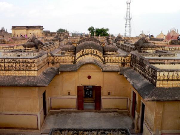 Nahargarh Fort rooftop