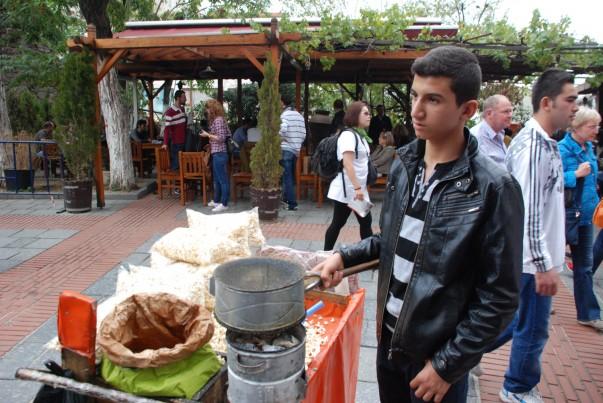 popcorn-seller-istanbul-603x4031