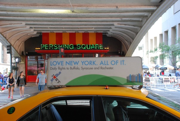 Taxi in front of Pershing Square - Grand Central