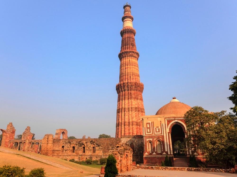 Qutub Minar es la más alta torre de piedra en la India